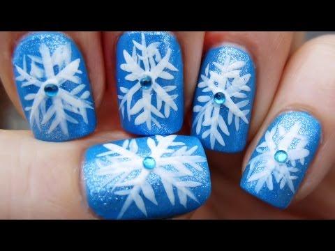 Лесен маникюр със снежинки за зимата