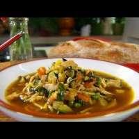Как да си приготвим вкусна пилешка супа