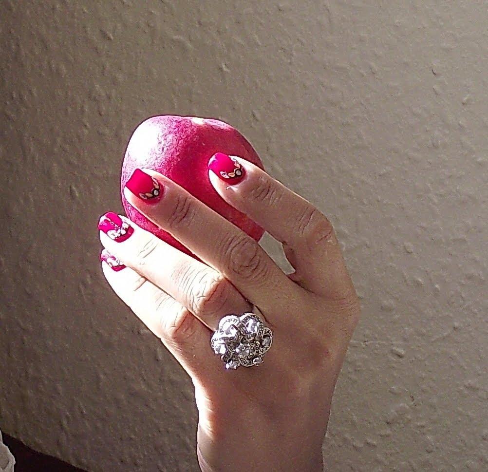 Как да растът ноктите ни по-бързо и здрави