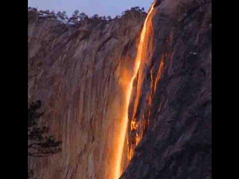 Невероятно: От този водопад тече огън!