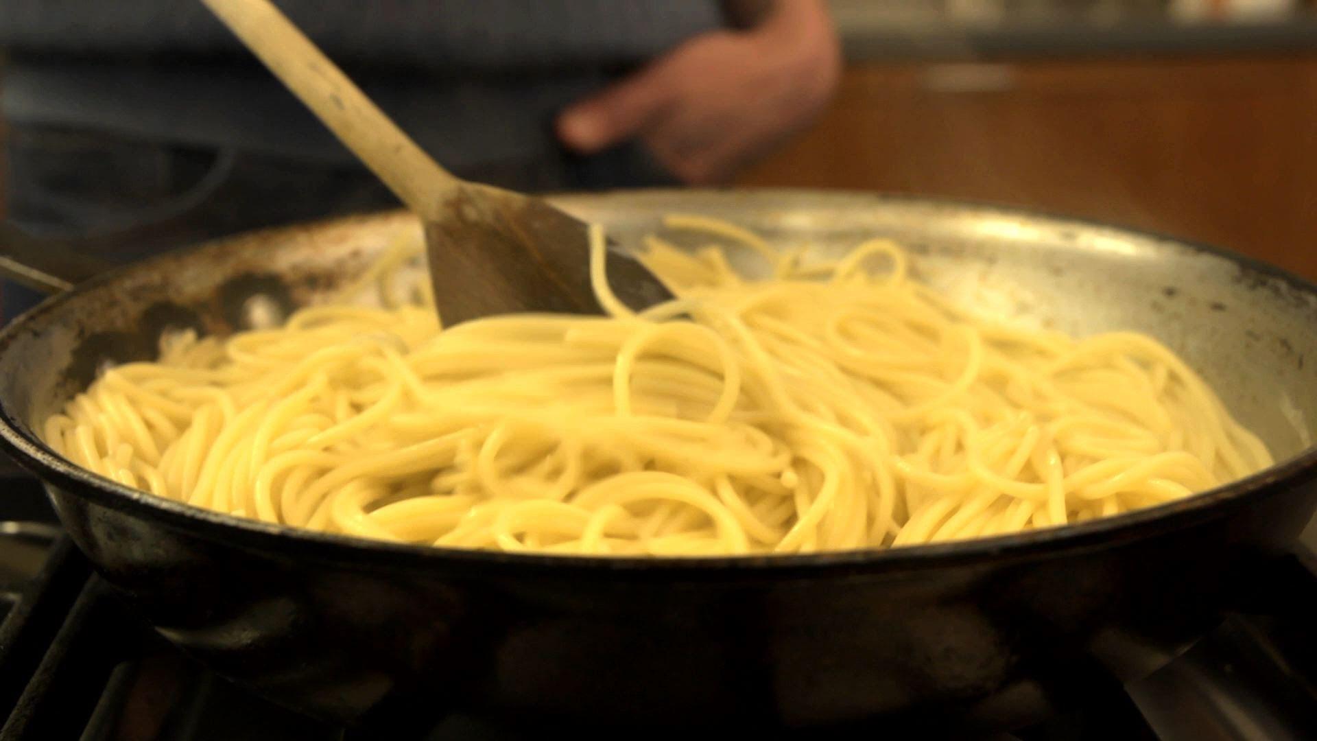 Най- лесният начин за приготвяне на спагети