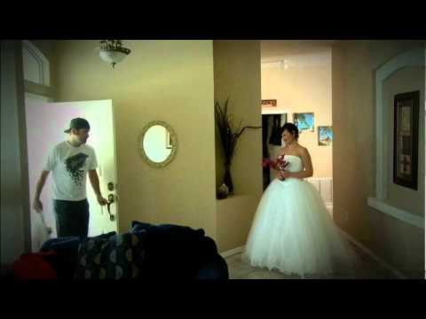 Жена изненадва съпруга си