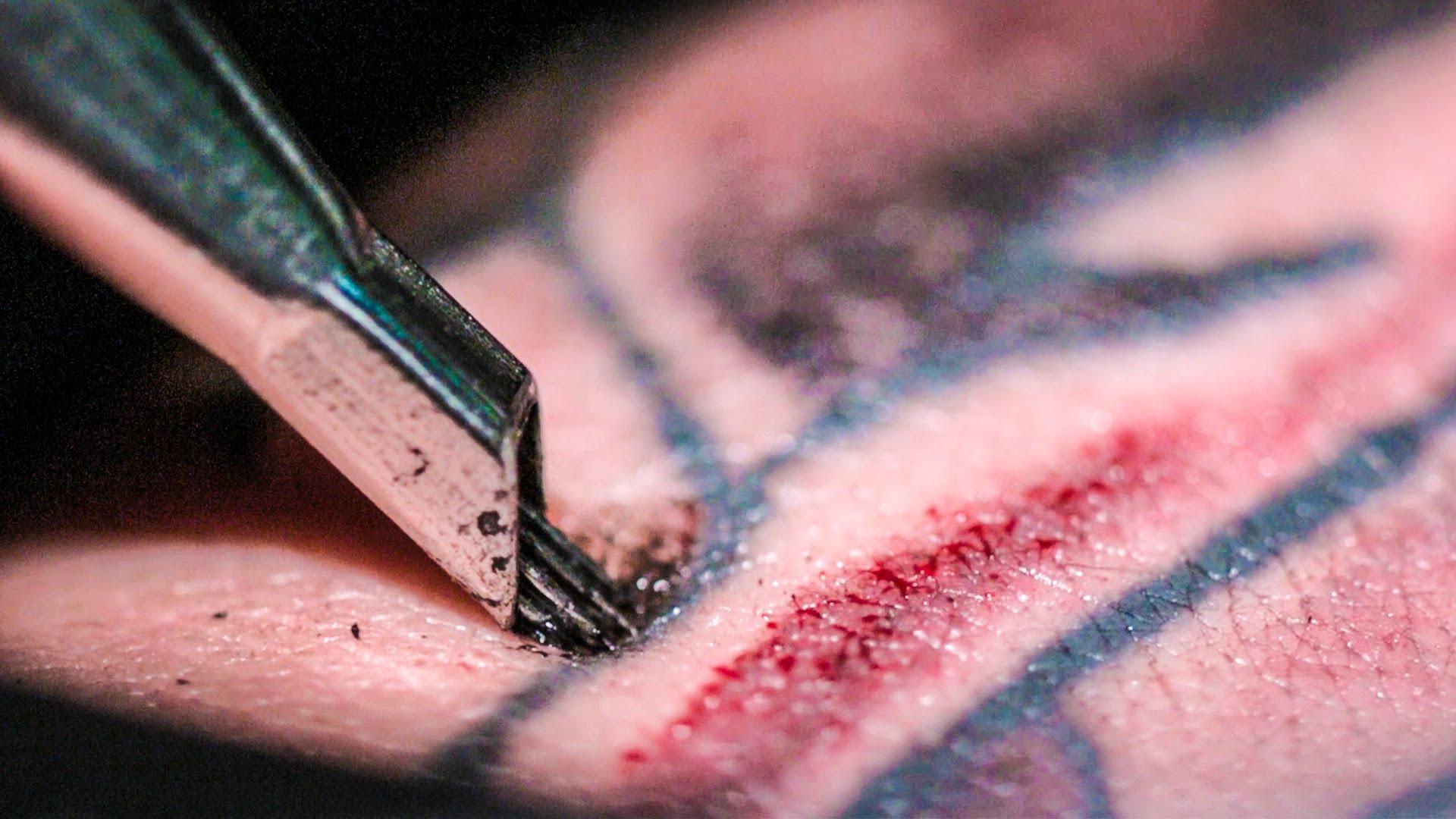 Как изглежда татуирането отблизо?