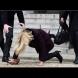 Премиерът на Дания пада по стълби