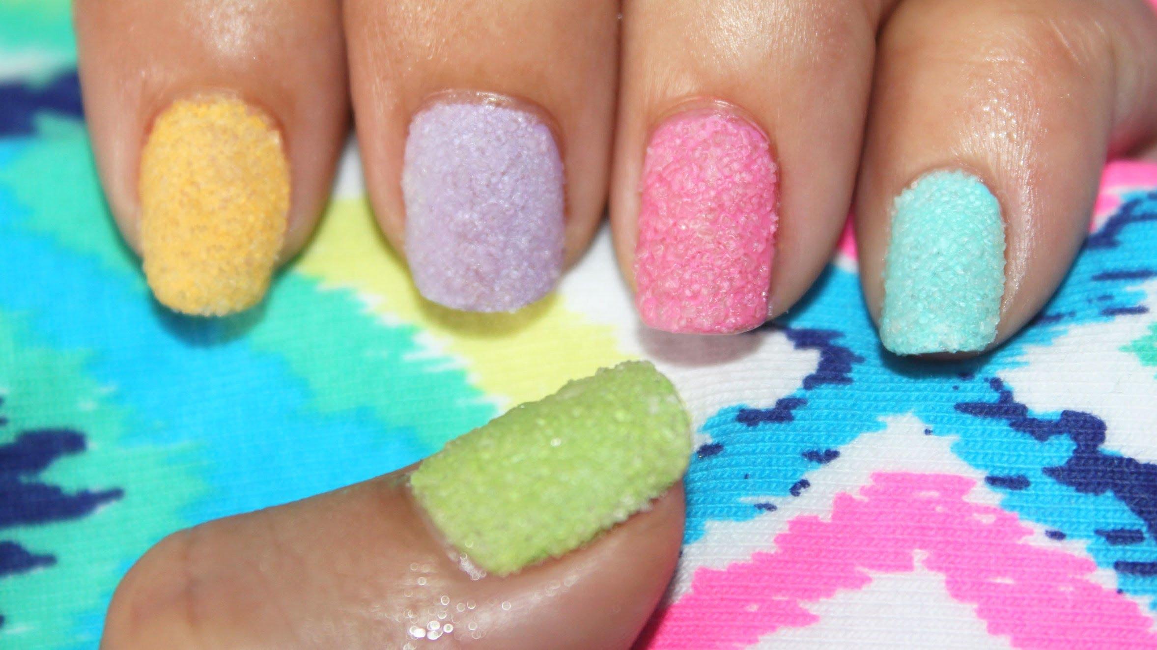 Лакиране на нокти със захар