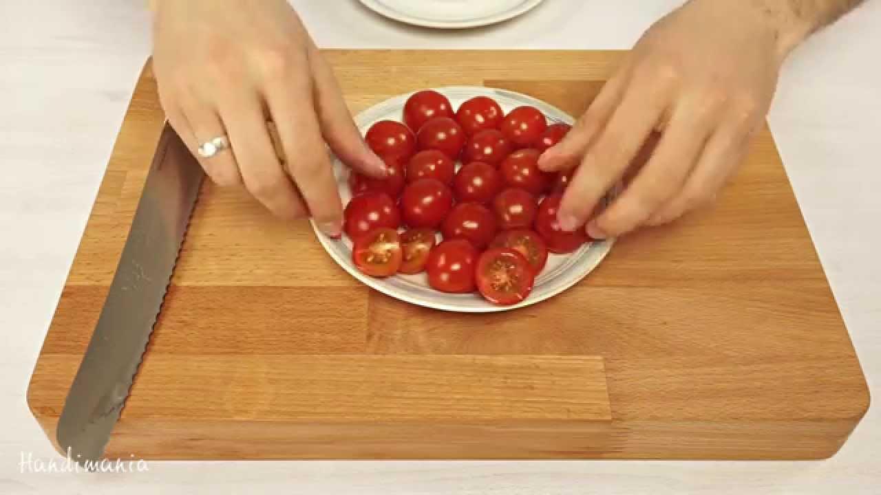 Как да си нарежа домати най- бързо?