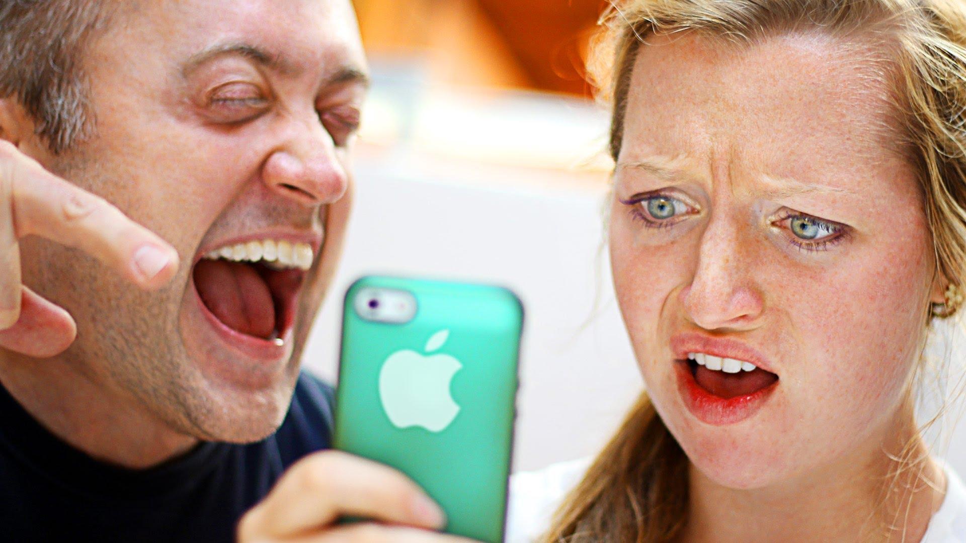 Първоаприлски вицове за приятели, които имат Айфон