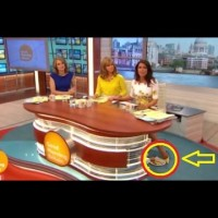 Водеща крие закуската си под масата