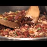 Рошави свински джоланчета в доматен сос от Ути Бъчваров