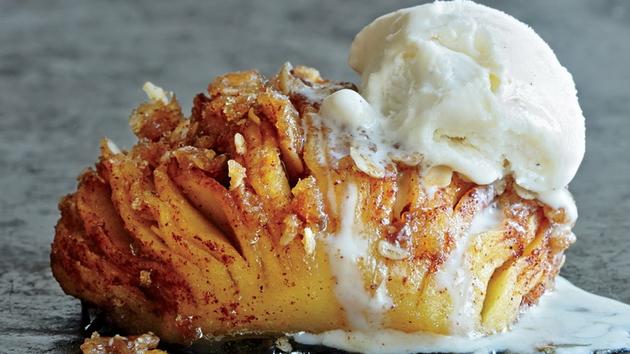 Рецепта за печена ябълка с канела