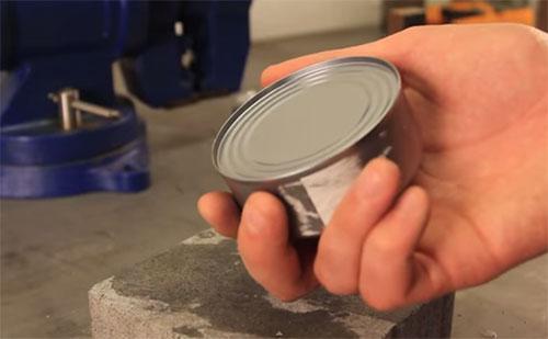 Как да си отворя консерва по най- лесен начин?
