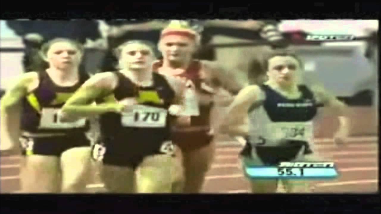 Жена пада по време на състезание