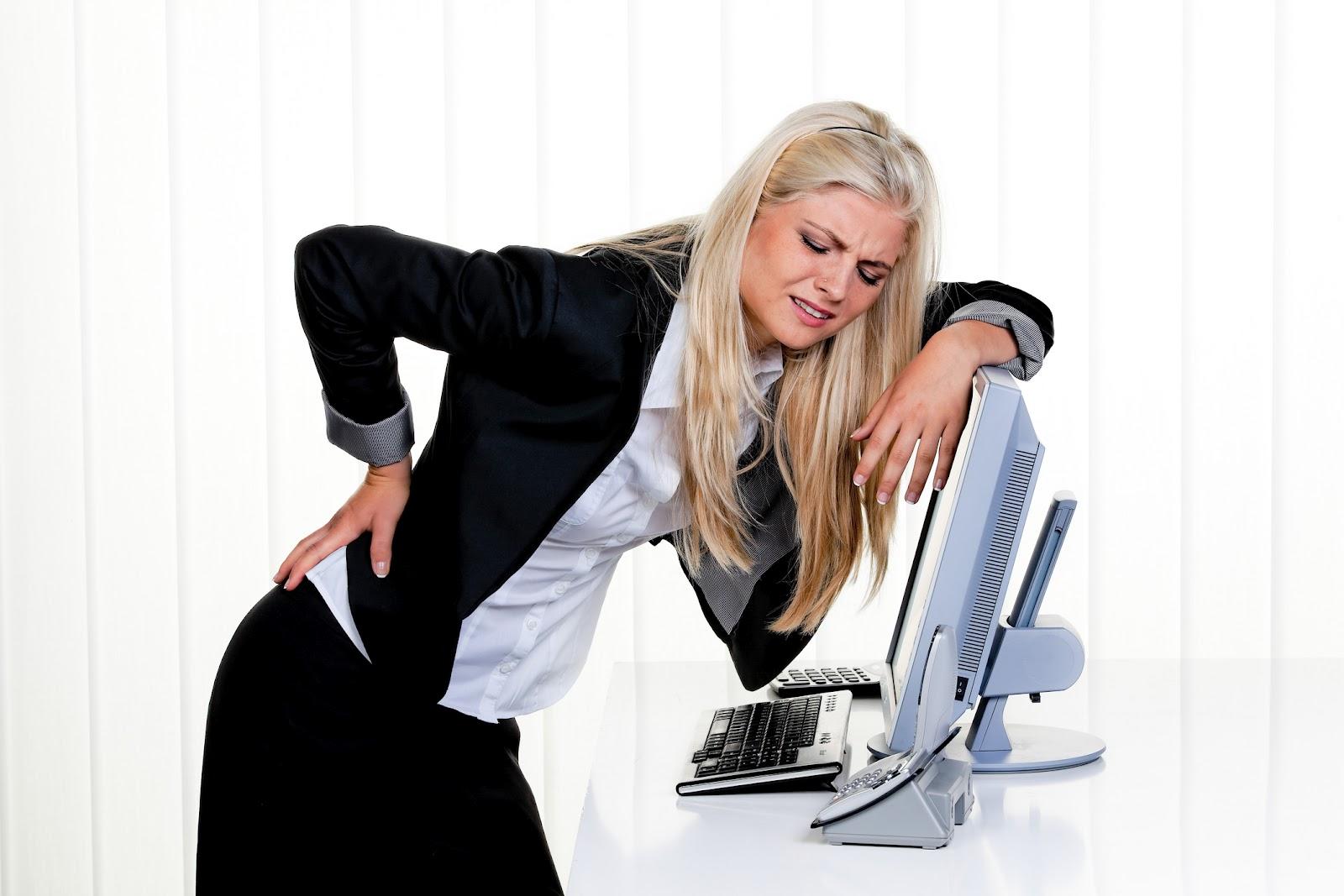 Как да се справим с болките в гърба и врата?