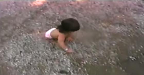 Трогателна история за едно момиче без крака