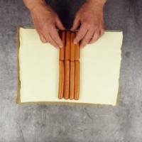 Плитка от бутер тесто с кренвирши