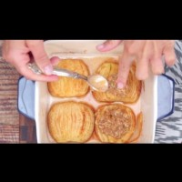 Печени ябълки с канела и овесени ядки
