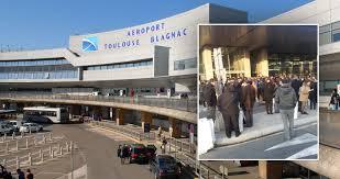 Евакуация на летище във Франция