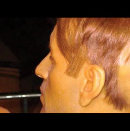 Истина, по-кошмарна и от филм на ужасите: Запознайте се с мъжа с двете лица (ВИДЕО)