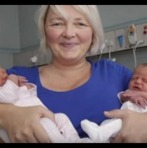 Жена роди близнаци с различна кожа
