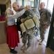 В продължение на 12 години симпатична баба изпраща войниците