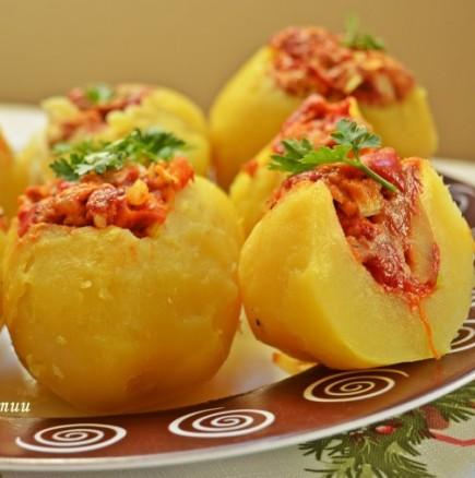Уникално вкусни пълнени картофи с миш маш
