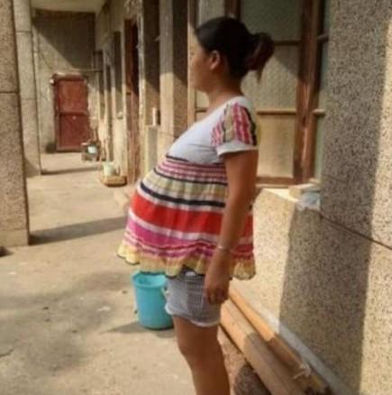 Жена, бременна от 17 месеца!